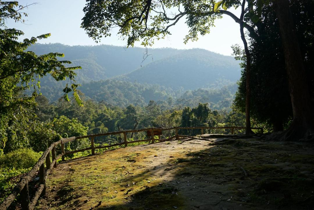 Viewpoint Chiang Mai backpack route door Thailand