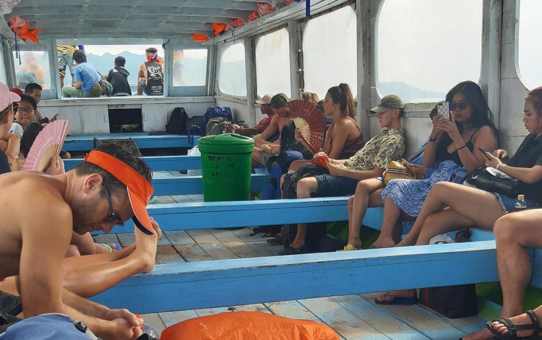 Public-Ferry-Bangsal indonesie