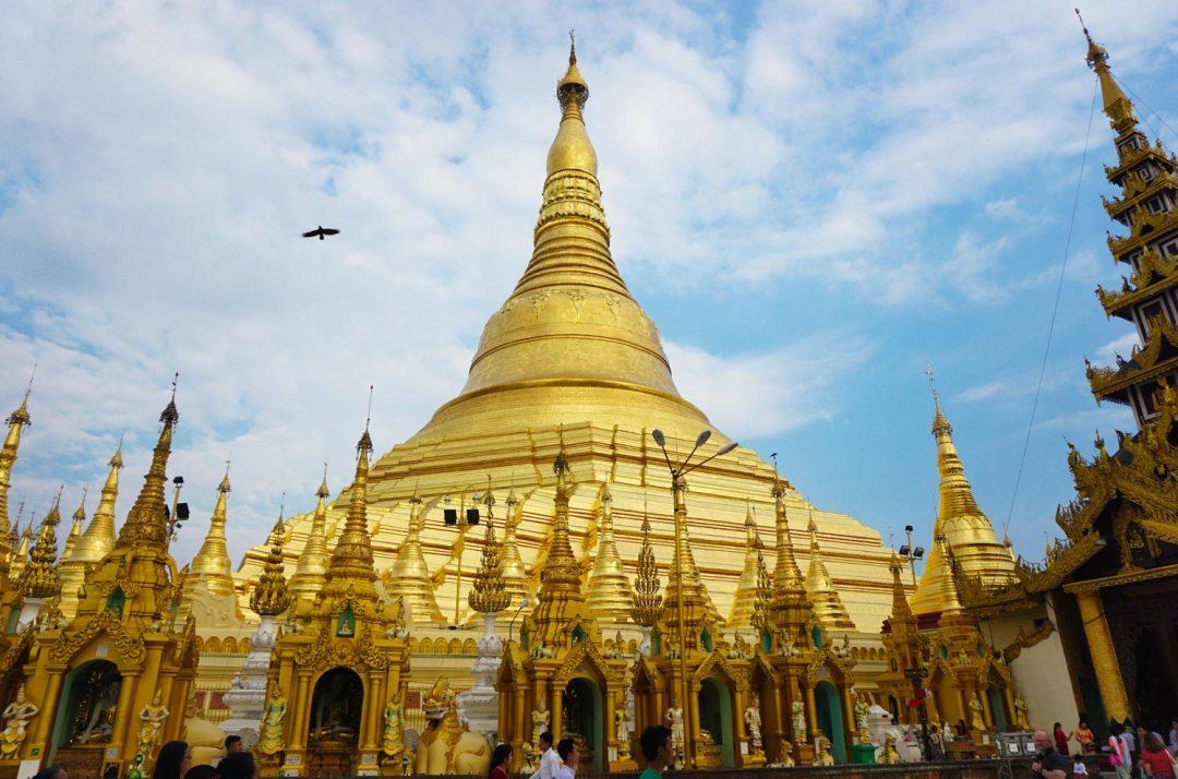 Schwedagonpagode-Yangon-Myanmar..