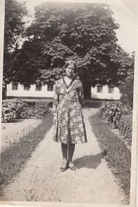 Edith på Skovlyst 1931
