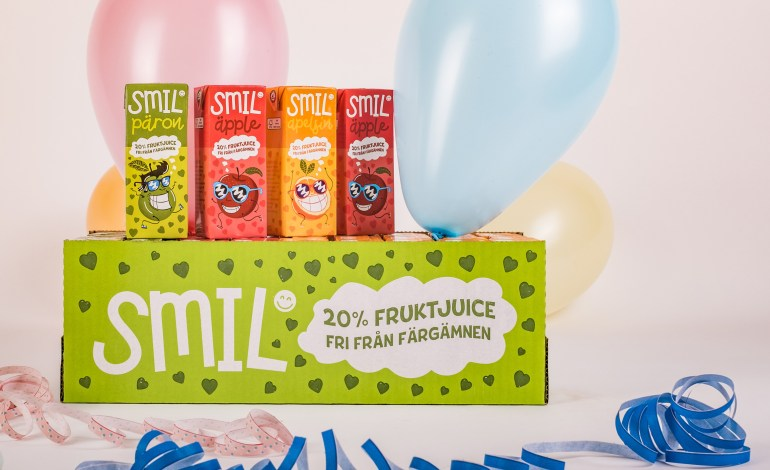 SMIL_CASE_WITH_PACKAGING
