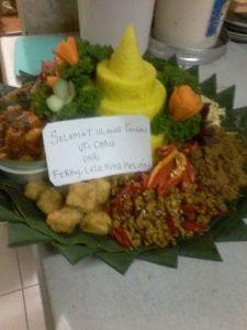 Pesan Nasi Tumpeng Di Tanjung Priok