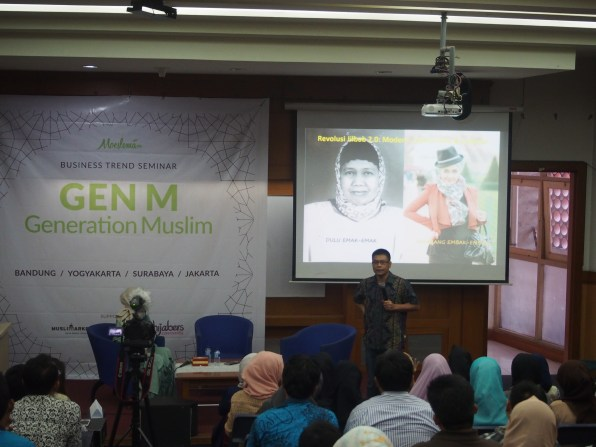Mr. Yuswohady talk about Gen-M : Generation Muslim. -Moeslema.com-