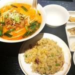 金香楼:横浜中華街お得ランチFile.75 坦々麺&半チャーハン