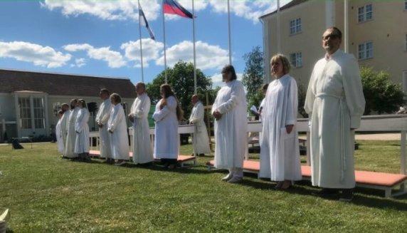 Kansanlähetyspäivät lähetystyöntekijöiden siunaaminen