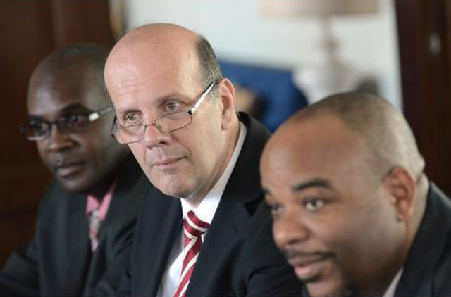 Terrence Williams (right) commissioner of the Independent Commission of Investigations (INDECOM), Hamish Campbell, (centre) IDECOM's assistant commissioner and Dave Lewis, INDECOM's director of complaints central region at a Gleaner Editors' Forum last Friday. (Source: jamaicagleaner.com)