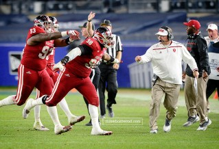 Darius Latham, interception