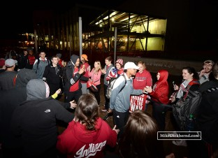 Fans welcoming the team back at 2:00 AM