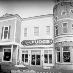 One of the many downtown shops in Mackinaw City, MI.