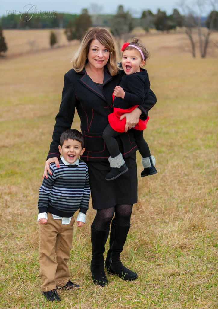 Deluzio Christmas Family Portrait Pictures