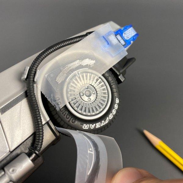 Applying Tyre Transfers mod to Playmobil DeLorean