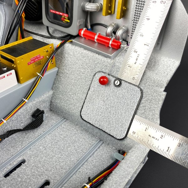 Positioning Eaglemoss DeLorean Bulkhead Storage Lid mod