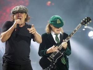 ACDC Brian Johnson Angus Young