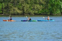 Delaware-River-Burlington-Island-kayakers-s