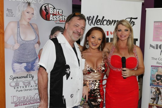 Lindsey Lovehands Mike South Vicky Vette