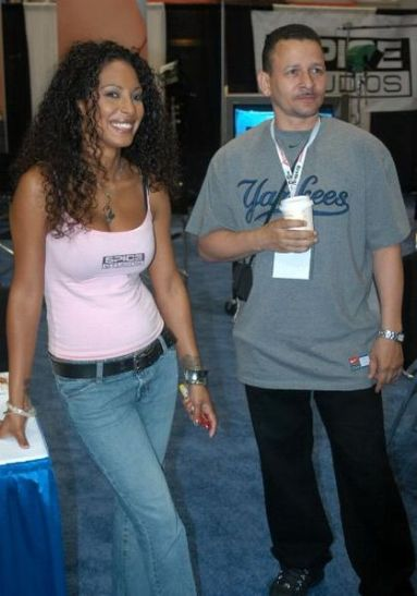 Dee_Rob_Baker_2005