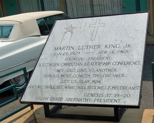 Martin Luther King Tombstone