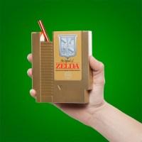 ホンモノそっくり!『ゼルダの伝説』NESゴールドカートリッジ型ボトルがステキ!