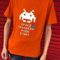 今日のゲームTシャツ:  ユニクロの新作!「ザ ゲーム バイ タイトー」のインベーダーTシャツ