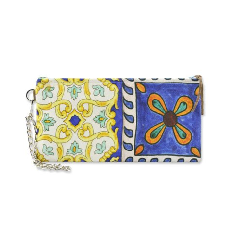 A collection of clutch bags and handbags inspired by one of the most iconic locations and distinctive places in all of Italy: the Amalfi Coastline and its traditional colour-rich tiles.