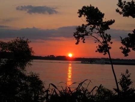 Pôr-do-sol no Mississipi, em Memphis