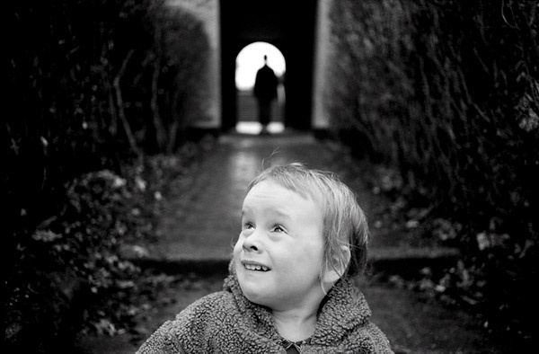 Kid looks up Scared