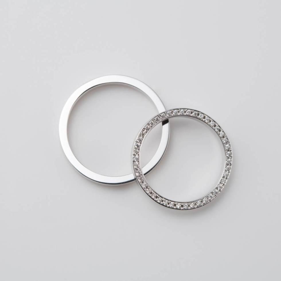 フルエタニティのストレートの結婚指輪
