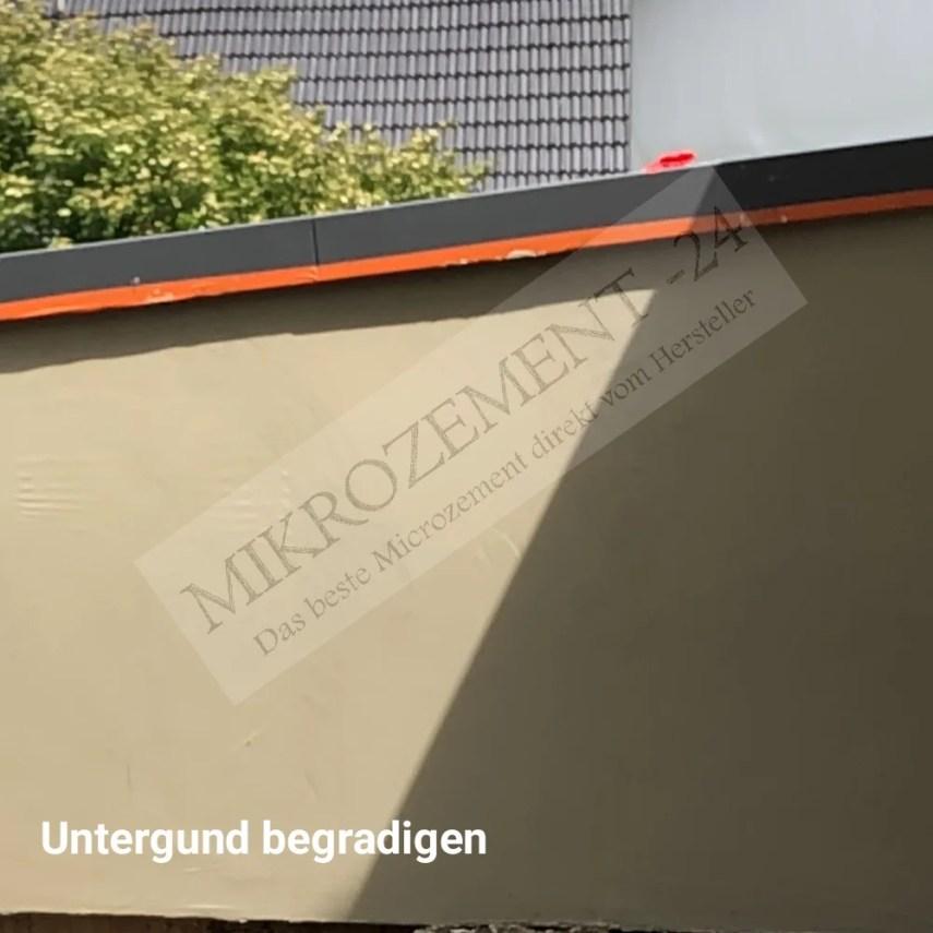 Mikrozement im Aussenbereich_ITHydro_Hellgrau_PU-Siegel_Untegrung begradigen