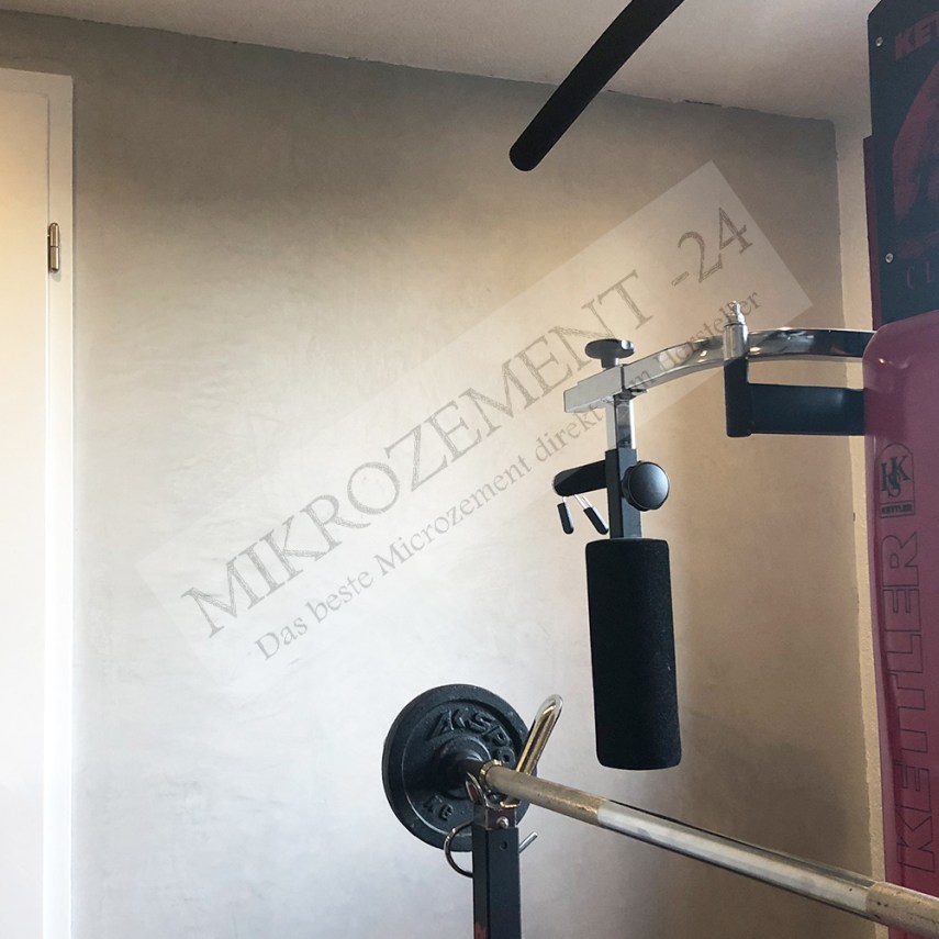 Mikrozement-24.de_F-FLOOR_F-WALL_Bad Boden Wand_Fittnesstudio_1