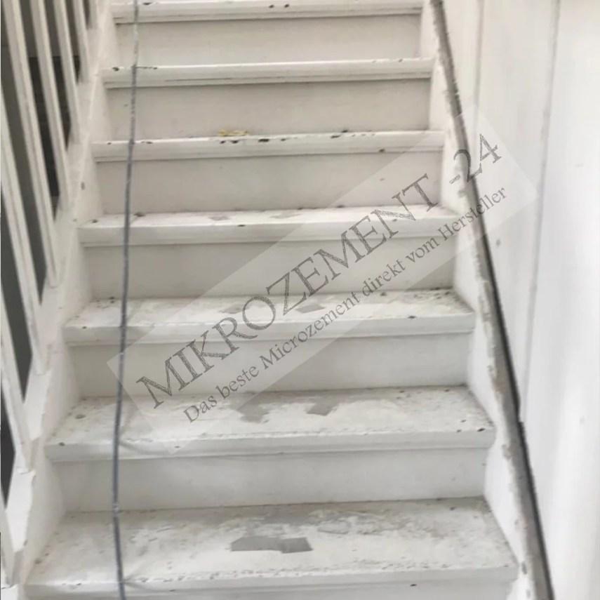 Mikrozement-24.de_Microzement-24.com_F-Wall_F-Floor_Wand_Treppe_Betonoptik_antrazit_alt-1