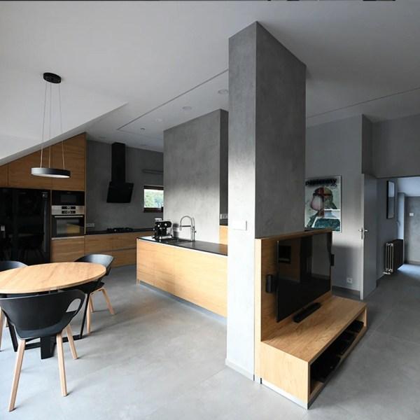 Mikrozement_Sichtbeton Wand in Beton_Industrielook Wohnung modern gestalten