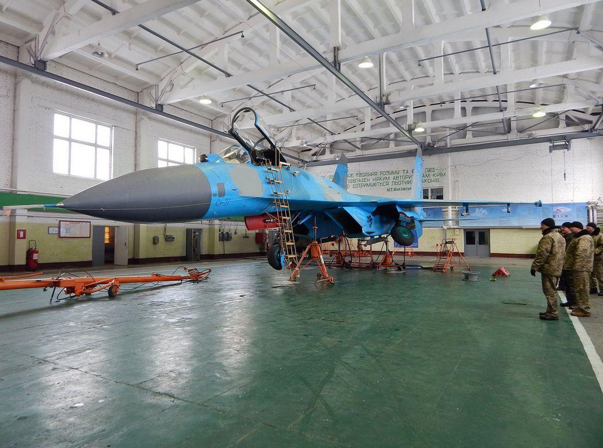 Міністерство оборони показало підготовку літаків до польотів