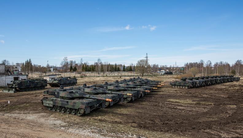 """В Естонії почалися масштабні навчання НАТО """"Весняний шторм – 2017"""""""