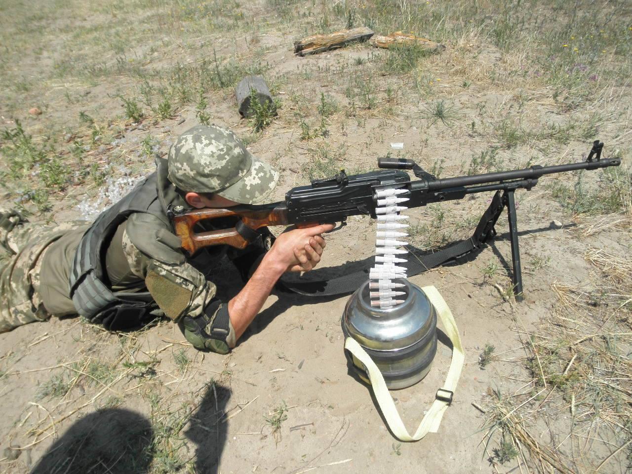 В Україні до кулемету Калашникова створено унікальну термопластикову стрічку для подачі набоїв
