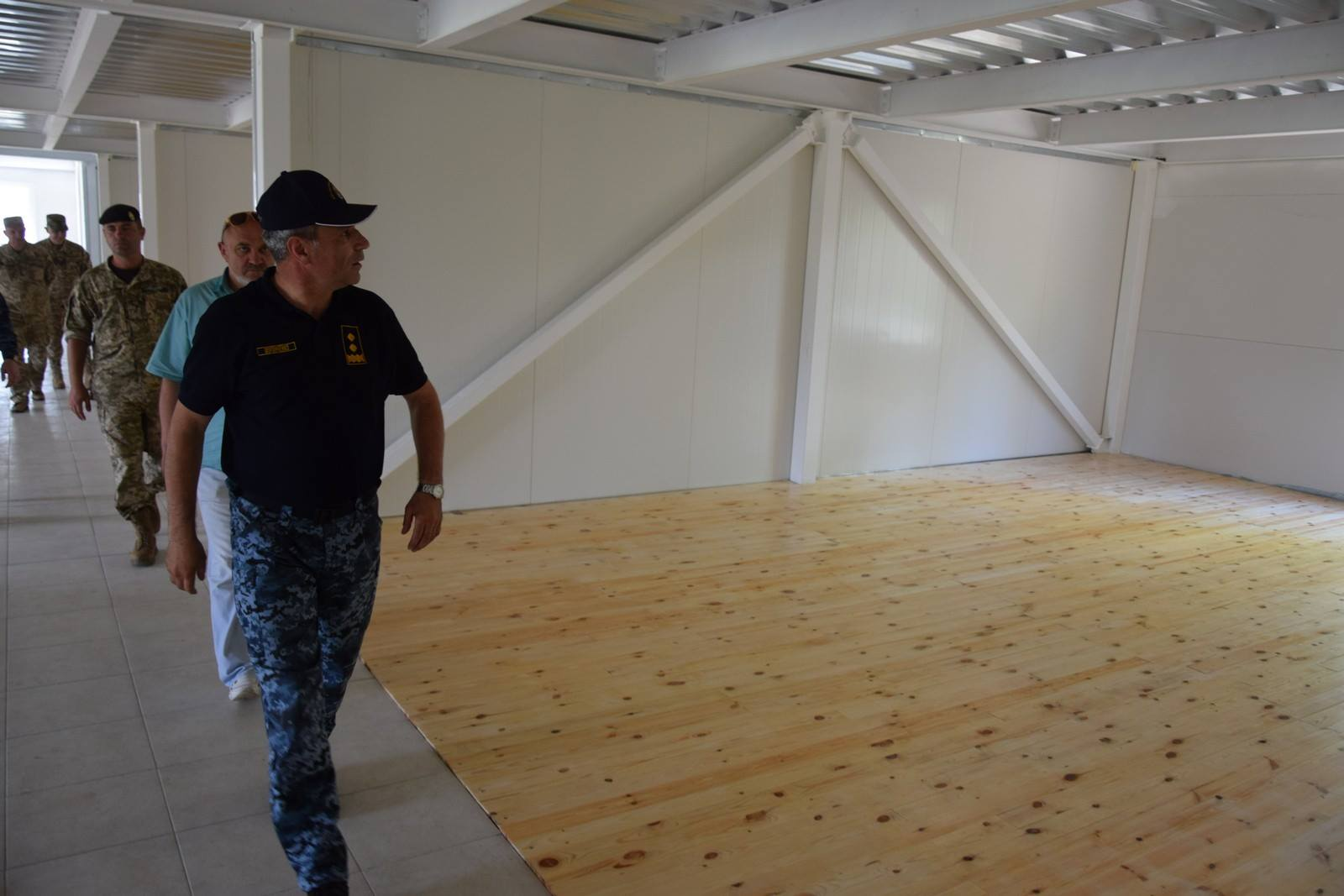 Командувач Військово-Морських Сил ЗС України перевірив хід відновлення інфраструктури військових містечок Одеського гарнізону