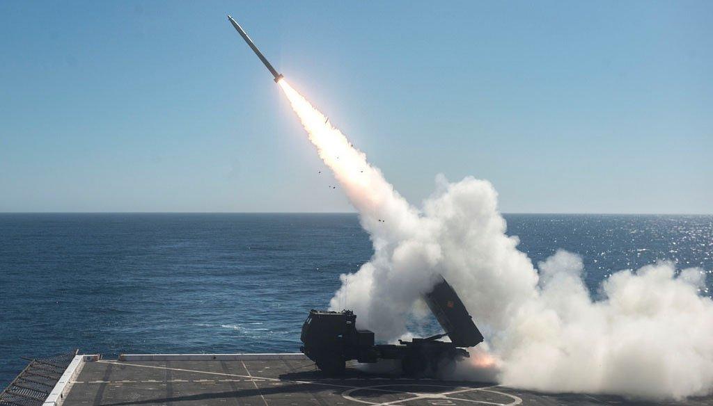 """Під час """"Dawn Blitz 2017"""" США провело запуски HIMARS з корабля USS Anchorage"""