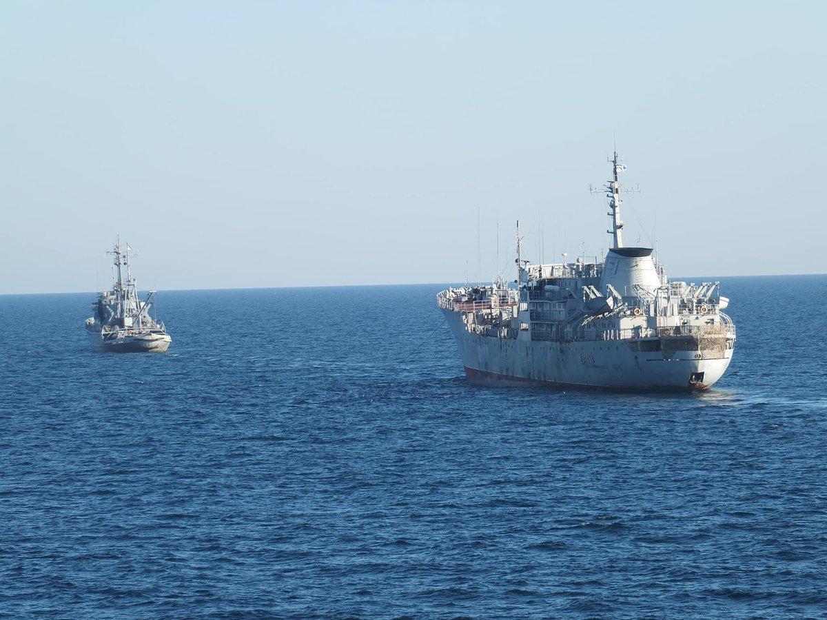 Бездоганно виконаний наказ, - Порошенко привітав українські кораблі з виходом в Азовське море - Цензор.НЕТ 4160