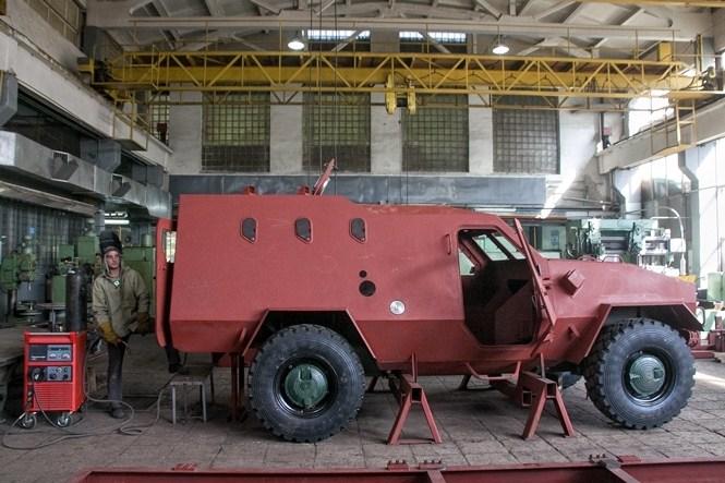 У виробника бронеавтомобіля «Дозор-Б» не має належного фінансування