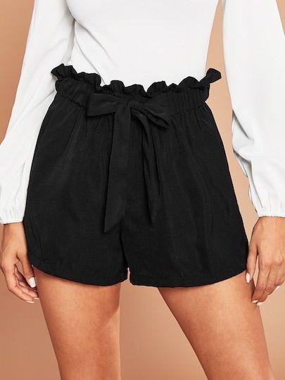 Shorts con cintura paper bag
