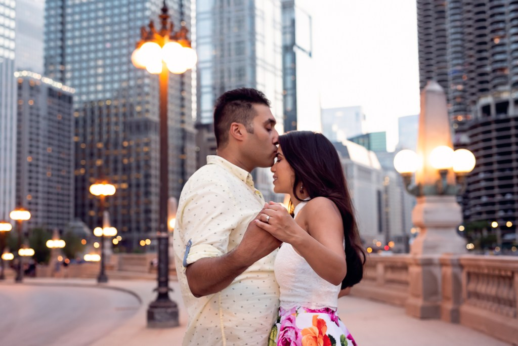 An engagement session for an engaged couple in downtown Chicago in the summer by a wedding photographer Mila Craila Photography