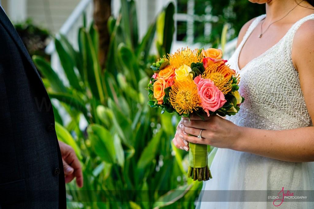 tips for choosing wedding flowers