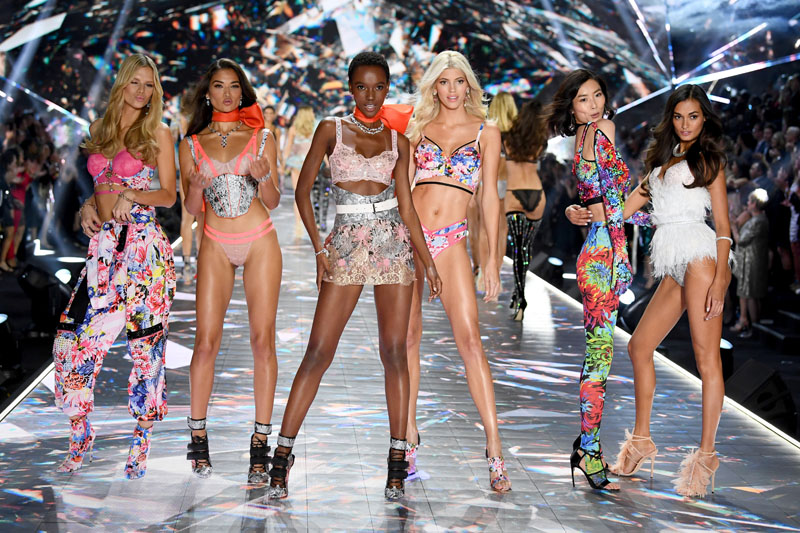 NEW YORK, NY - NOVEMBER 08:  (L-R) Nadine Leopold, Shanina Shaik, Herieth Paul, Devon Windsor, Liu Wen and Gizele Oliveira walk the runway during the 2018 Victoria's Secret Fashion Show at Pier 94 on November 8, 2018 in New York City.  (Photo by Dimitrios Kambouris/Getty Images for Victoria's Secret)