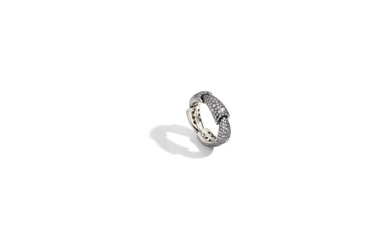 CALLA ring white gold diamonds eyeliner