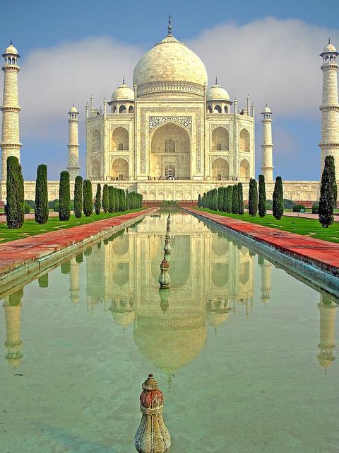 Travel Economics for the Nomadic Backpacker: India