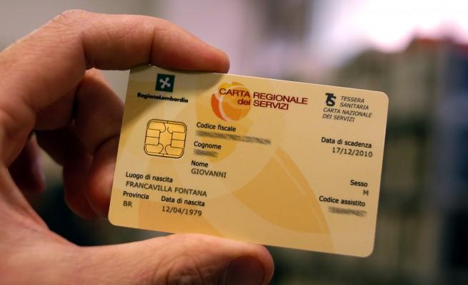 Stop Alla Card Per Sanità E Trasporti Il Pirellone Brucia 2