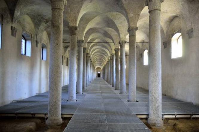 Particolare delle scuderie del castello di Vigevano (foto di Marino Nadia)