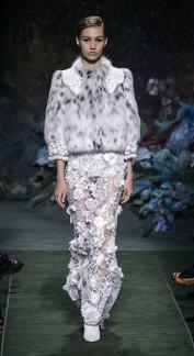 Свадебное платье Fendi Haute Couture осень-зима 2017/18