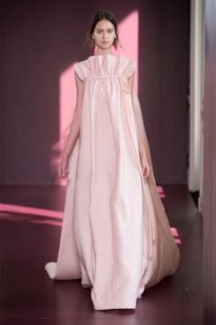 Свадебное платье минимализм Valentino Милан Haute Couture осень-зима 2018