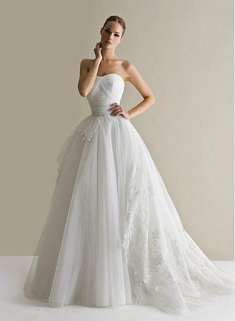 Итальянское модное свадебное платье в Милане
