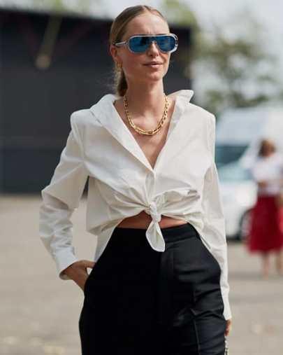 длинная белая рубашка с чем носить украшения